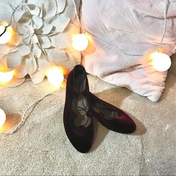 Earth Shoes - Velvet Flats
